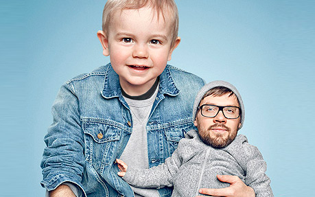 Creative Photography: Pops and children change roles