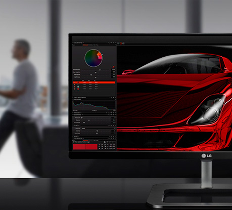 A Versatile 21:9 Panoramic Monitor for Designers
