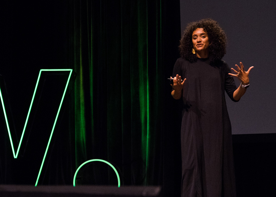 Talk: Building Relationships Beyond the Pixel - Melanie Araujo Product Designer at Facebook,  Awwwards Conference San Francisco